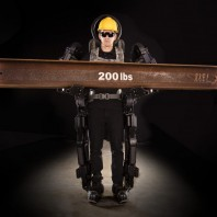 SOCOM Tests Sarcos Exoskeleton (No, It Isn't 'Iron Man')