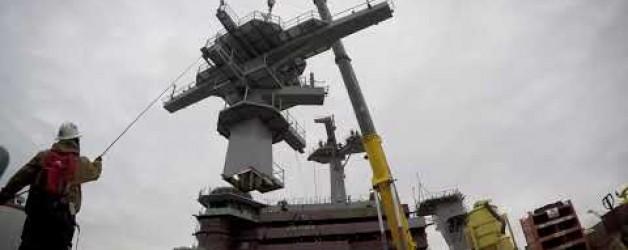 Huntington Ingalls Industries Completes Installation of USS George Washington (CVN 73) Main Mast